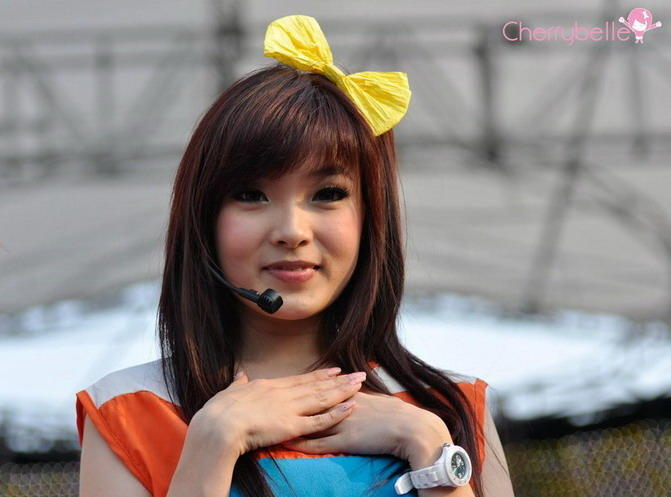 Dari 9 Personil Cherrybelle ini ,mana yang paling cantik ? (Personel Baru)