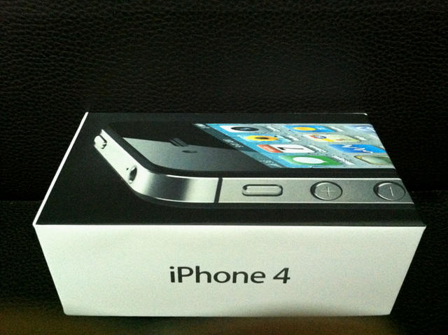 iPhone 4 CDMA 16Gb/32Gb Black White Verizon 99% New 3jtan Termurah!!!