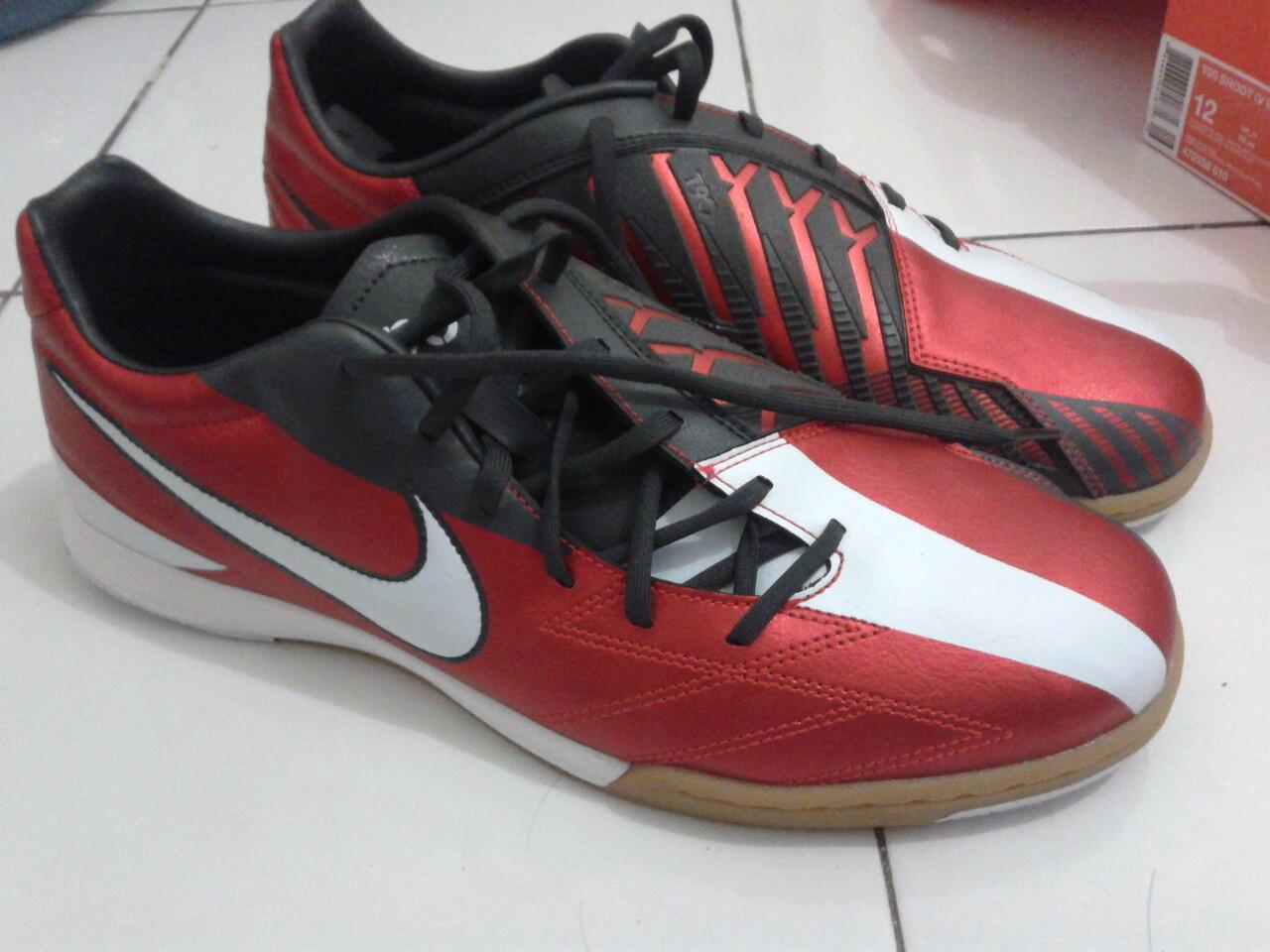 Jual sepatu bola/Soccer nike CTR 360 libretto fg (Iniesta) 100 % Original & BNIB