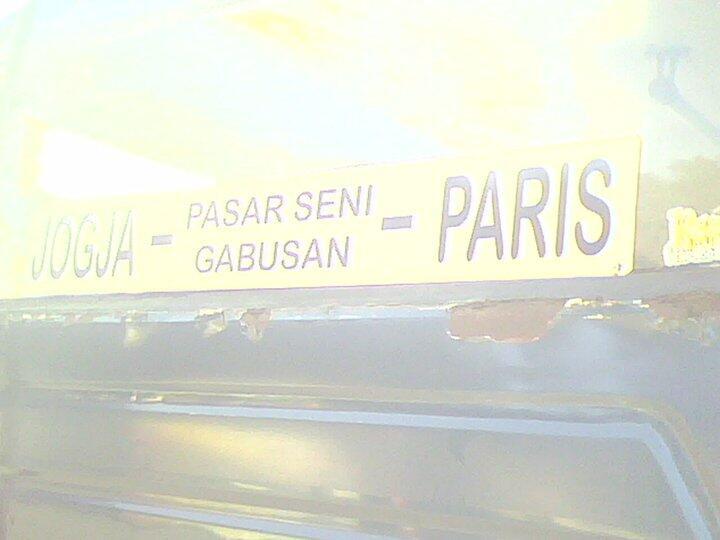 kemarin ane ke Paris naik Bis cuma bayar 15rb gan (+PIC)