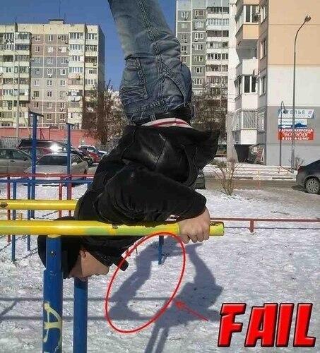 Orang ini mencoba freestyle gan, tapi sayang FAIL !