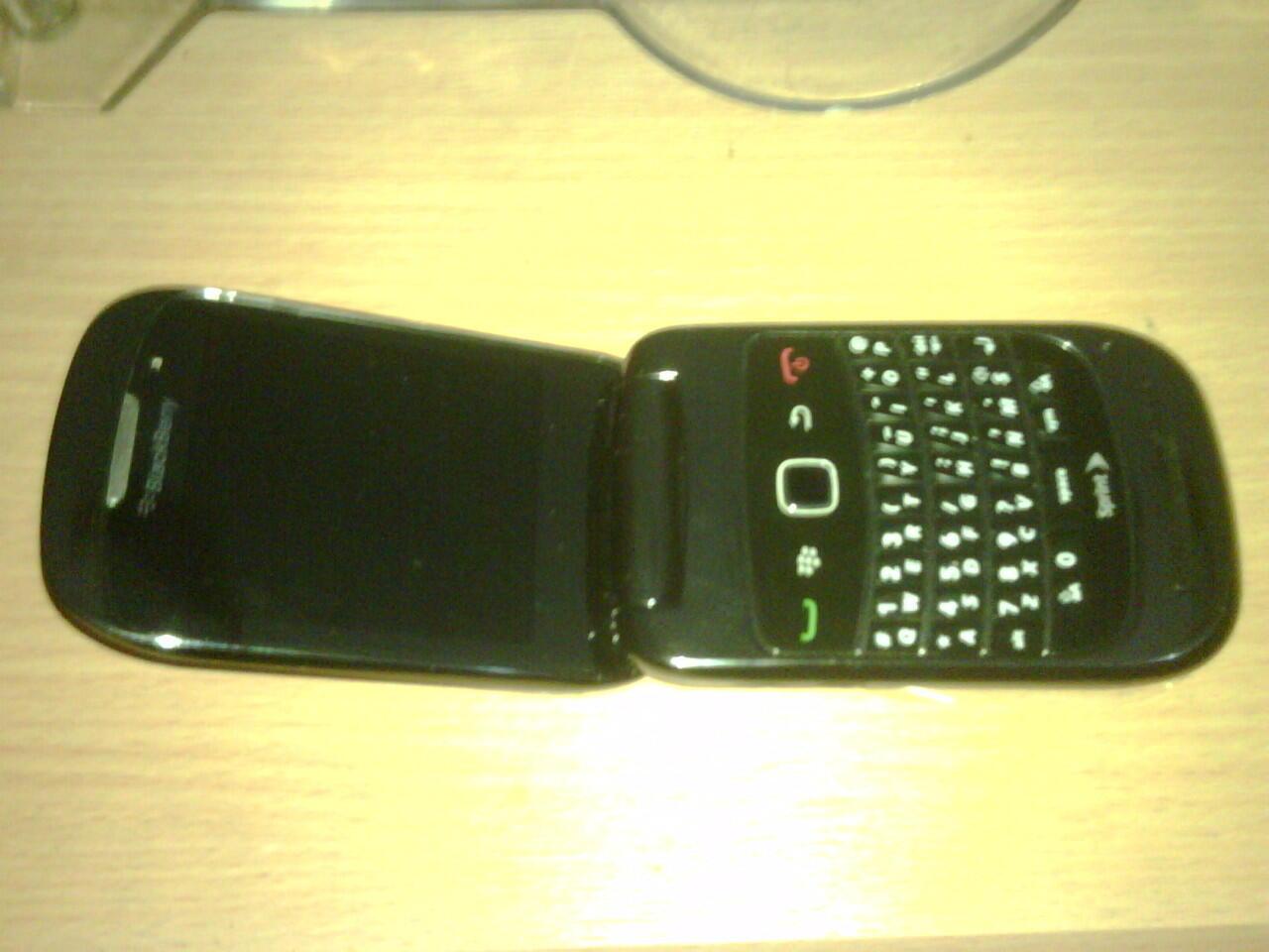 Blackberry Style 9670 Grey PIN Cantik Canada Garansi Berrindo