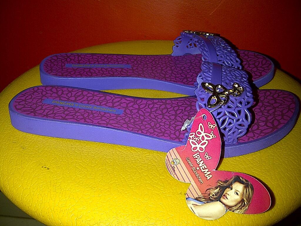 Bongkar Lemari Koleksi Pribadi Sandal Ipanema Baru dan Sepatu Second/Bekas