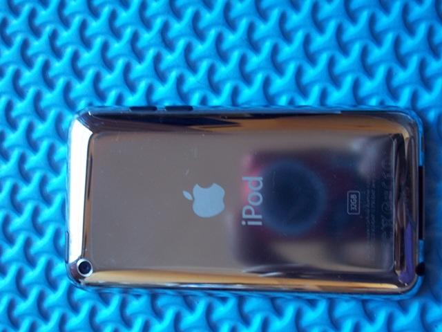 (WTS) iPod Touch 4th Gen 32GB pembelian 29 Des 2011 @ infinite