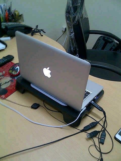 Terjual Macbook Pro MD314 BARU PAKAI 5 HARI