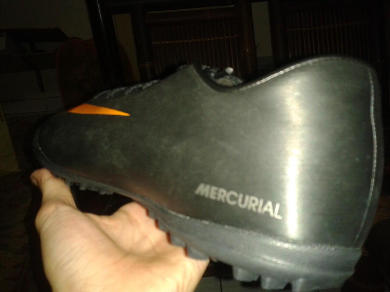 Nike Mercurial Black Volt turf Original (Dijual Cepat)