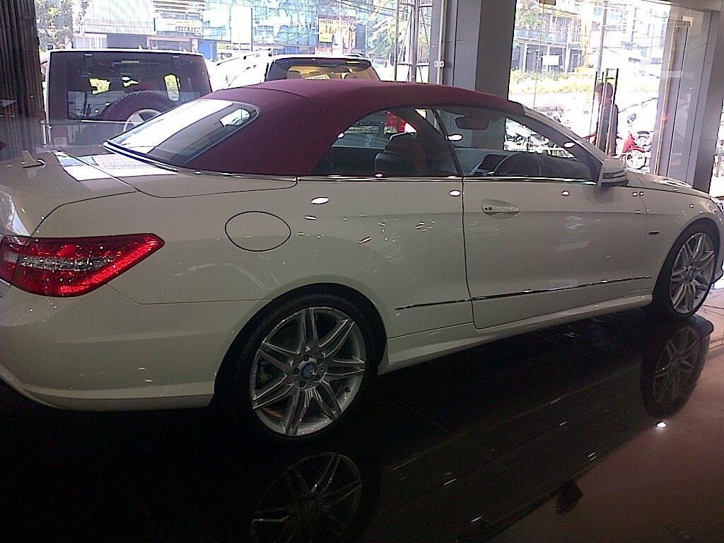 MERCEDEZ-BENZ E250 CARBIOLET