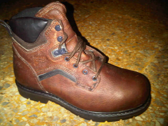 WTS: (NEW) RED WING BOOTS STEEL TOE ORIGINAL MADE IN USA, Harga Miring