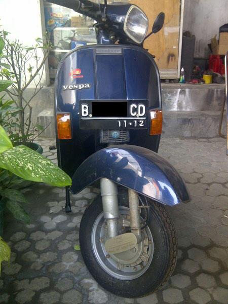 Jual Vespa PX 150 Exclusive 2 2001