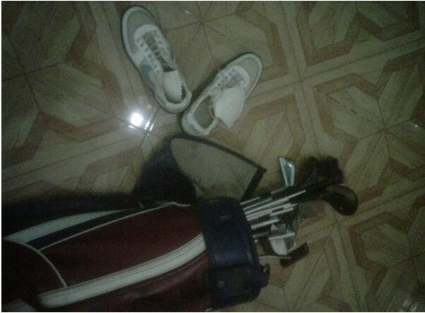 Satu Set Golf (SPALDING) 2nd Lengkap (Wood, Iron, Putter, Case, dan Sepatu) MURAH!!!