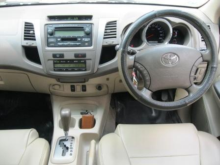 Toyota Fortuner 2006 Automatic Type 2.7 G Lux