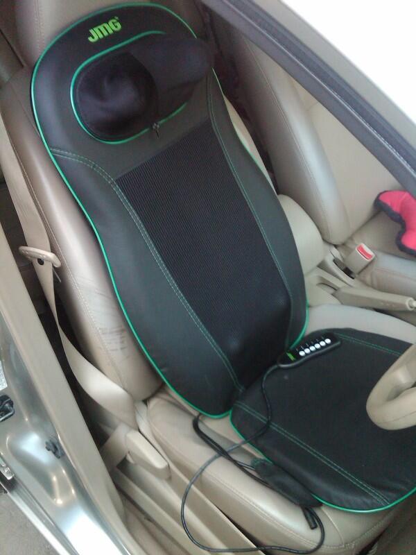 kursi pijat anti pegal (punggung+leher) utk di mobil teman mudik gan!!! murmer!