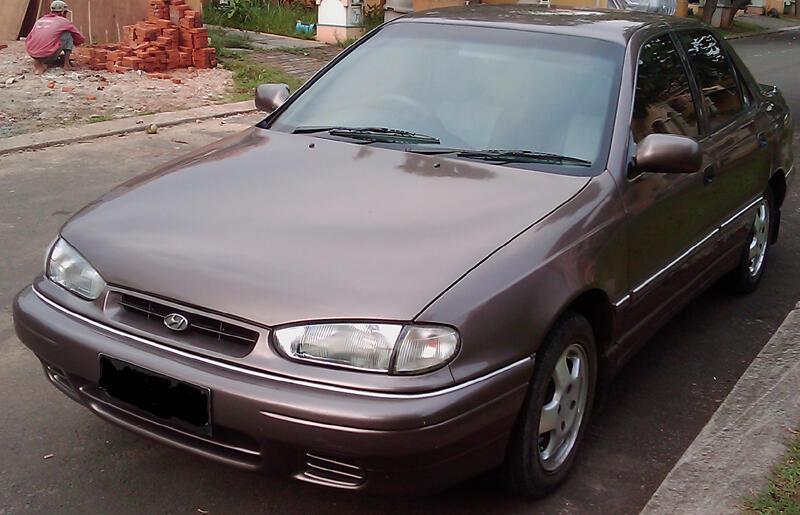 Dijual Hyundai Elantra tahun 1996