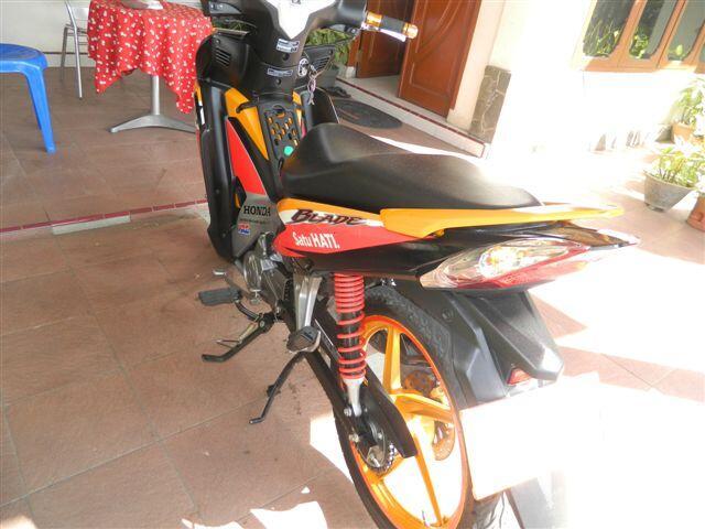 Dijual New Honda Blade Repsol 2012