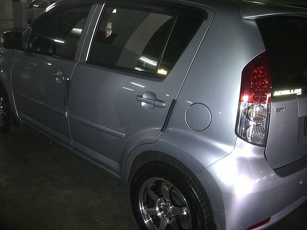 Dijual mobil daihatsu sirion AT type M dynamic