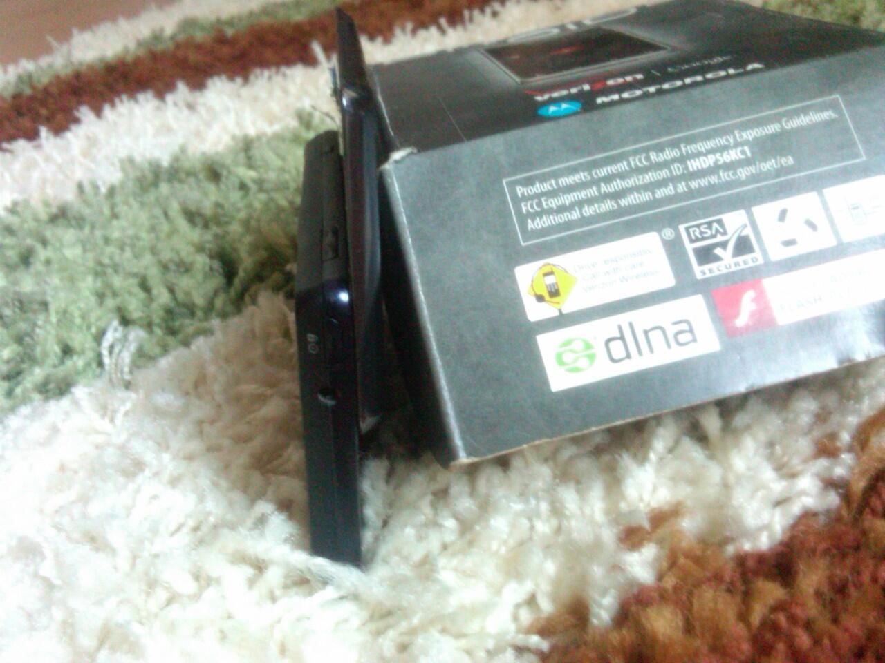 Dijual Cepat Smartphone Motorola DROID 2 CDMA, FULL SET Jarang Ada! MULUS!