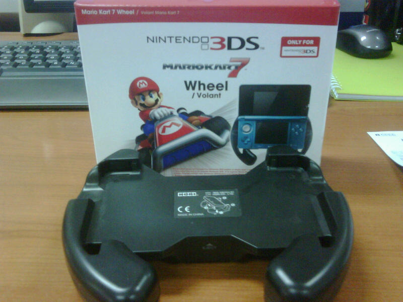 WTS 3DS Hori Mario Kart 7 Racing Wheel & Microsuede Touch Pak Black