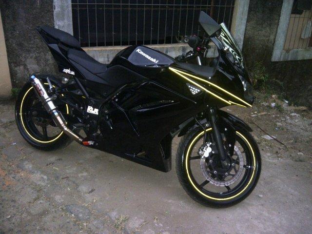 NINJA 250 BLACK TAHUN 2009