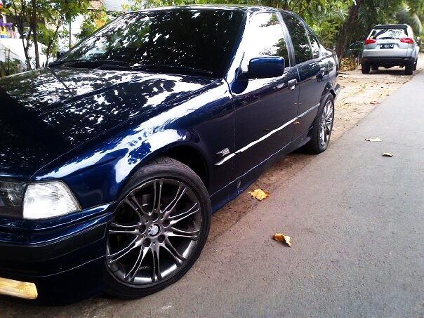 BMW 320i '94 VR'17/M3 (istimewa)