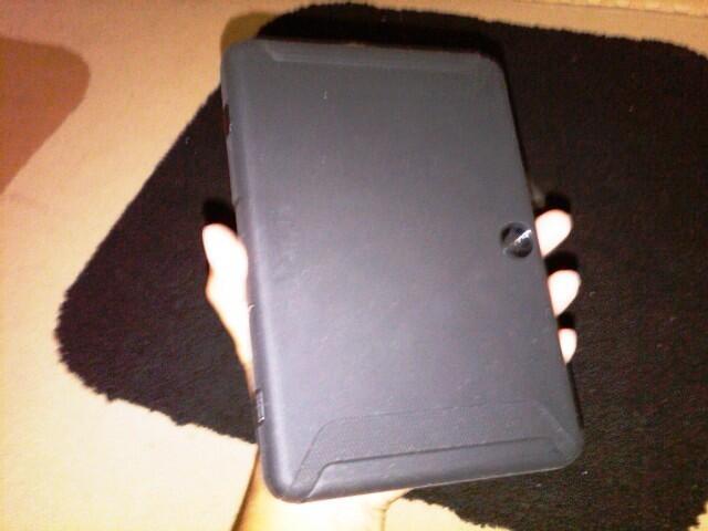 WTS atau WTT second playbook 16 GB plus Otterbox defender dan HDMI 3D gold plate 3M