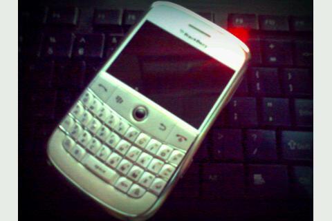 BARTER BOLD 9000 ku dengan PEARL 3G MU
