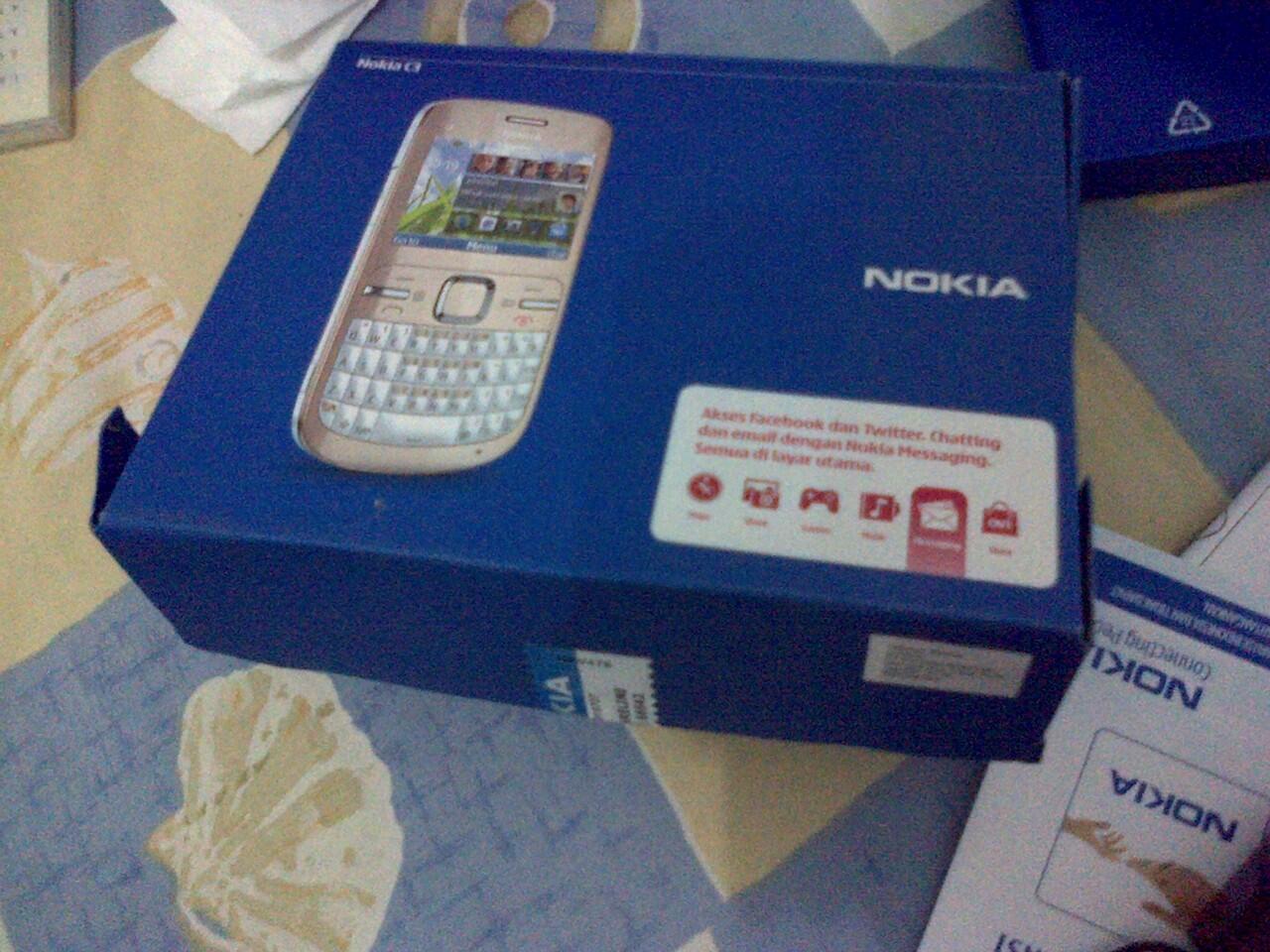 [WTS] Di jual handphone Nokia C3 masih kaya baru, mulus, murah :D