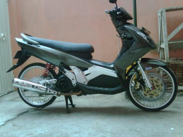 Yamaha Nouvo Z 2006 Bandung
