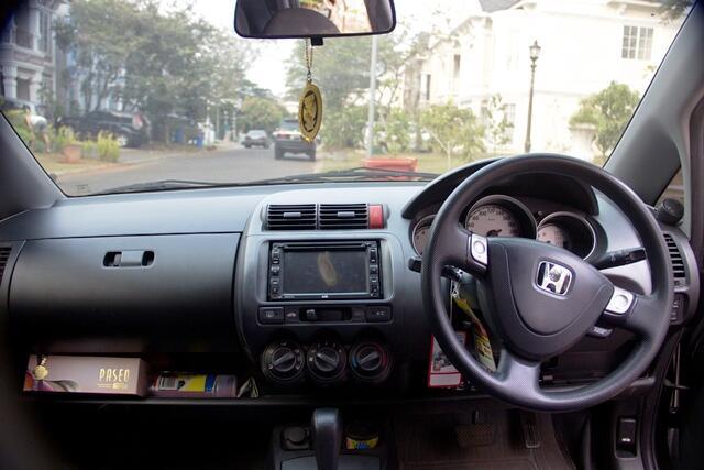 JUAL: Honda Jazz iDSI A/T 2005 Hitam