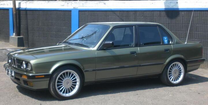 BMW 318i E30 M40 1990 euroTUNER ALPINA Bandung