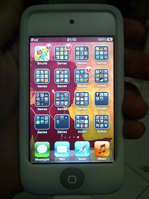 Ipod Touch Gen 4 32Gb (Full Aplikasi & Game/Jailbroken)