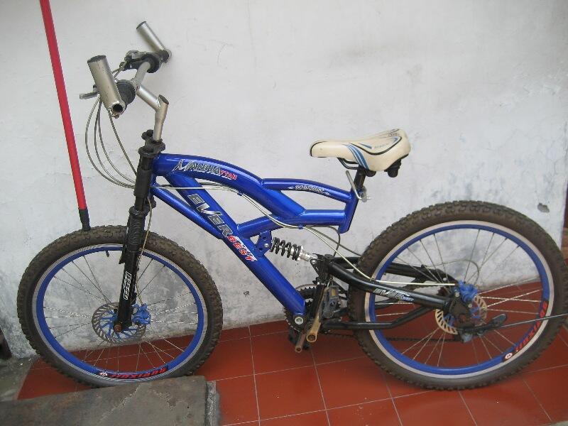 sepeda MTB 475 rebu