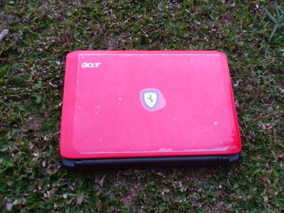 Dijual Notebook Acer Ferrari One 200