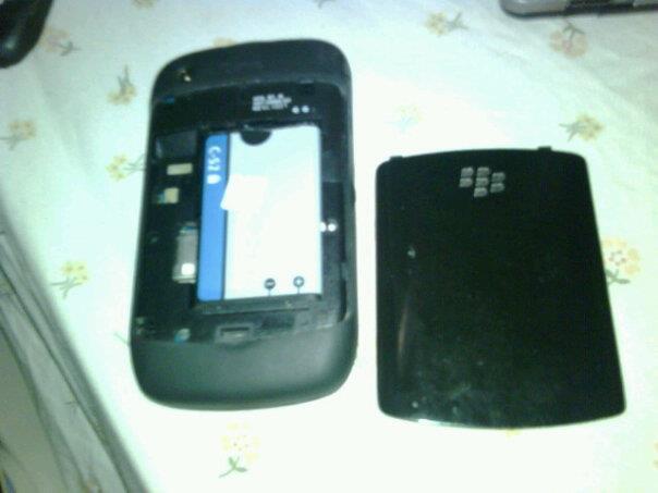 blackberry gemini 8520 black jual cepat seadanya dan apa adaanya