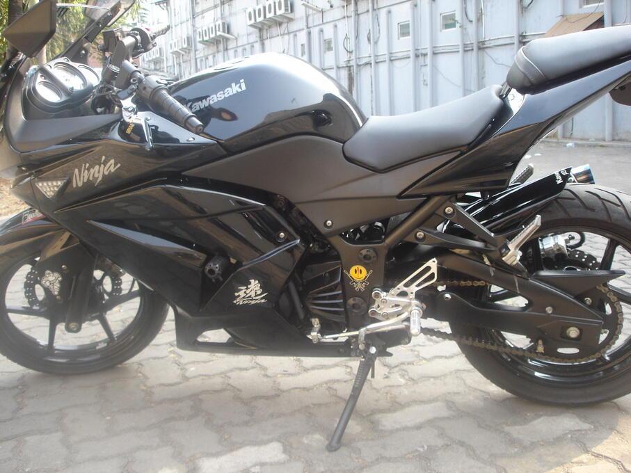 jual motor ninja r 250 cc th 2011