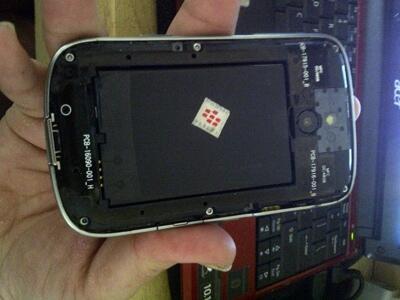 2nd blackberry BOLD 9000 lengkap!! minus headset aja!!ORIGINAL SEMUA