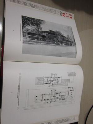 Jual Buku Arsitektur: Frank Lloyd Wright