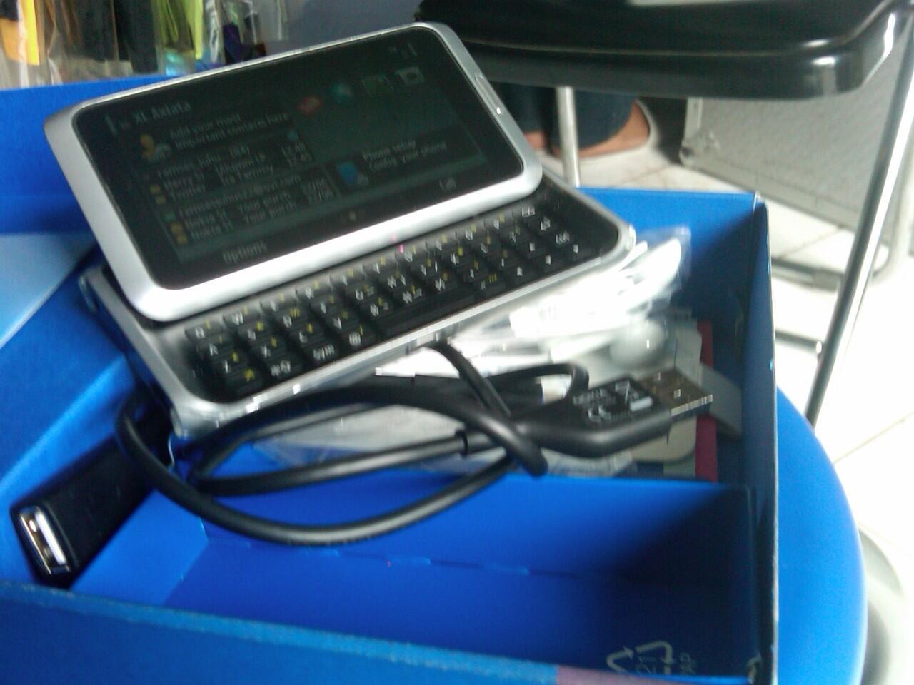 wts Nokia e7 communicator MURAH