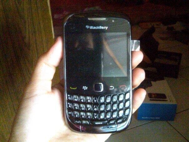 blackberry jupiter 9330 solo85