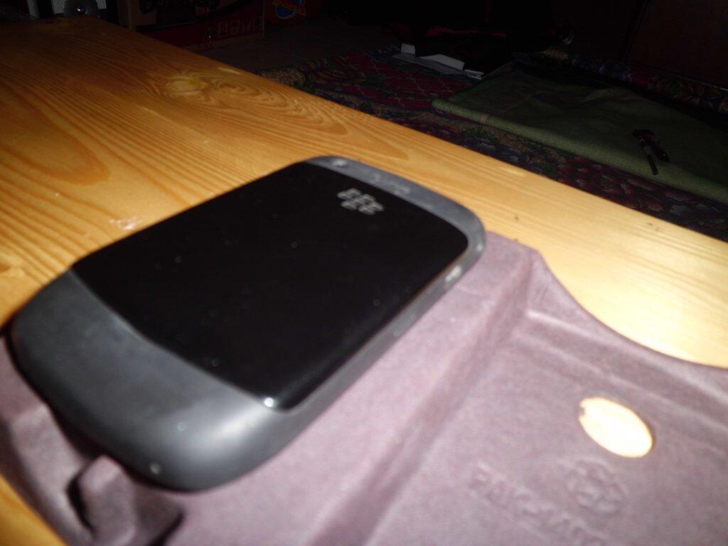 BB / Blackberry Gemini 8520 BLACK EX CTN