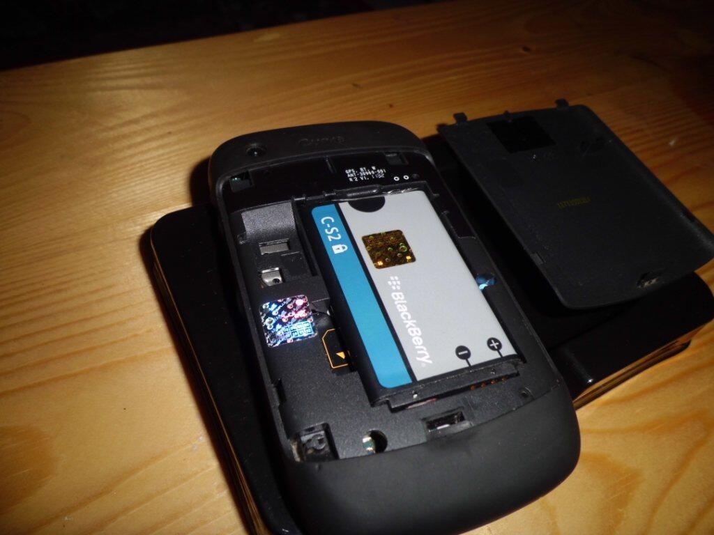BB / Blackberry Gemini 3G 9300 Keppler GARANSI SS