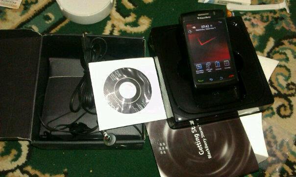 Blackberry storm2 9550 mantaps yogyakarta