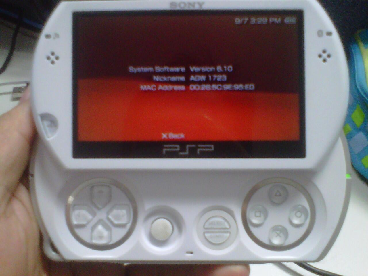 PSP GO 16GB (White)