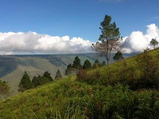 [Travelista] Menjelajahi Misteri Gunung Pusuk Buhit Samosir Sumatera Utara