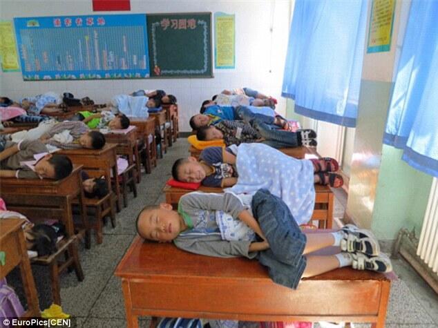 Sekolah di China paksa murid tidur di kelas