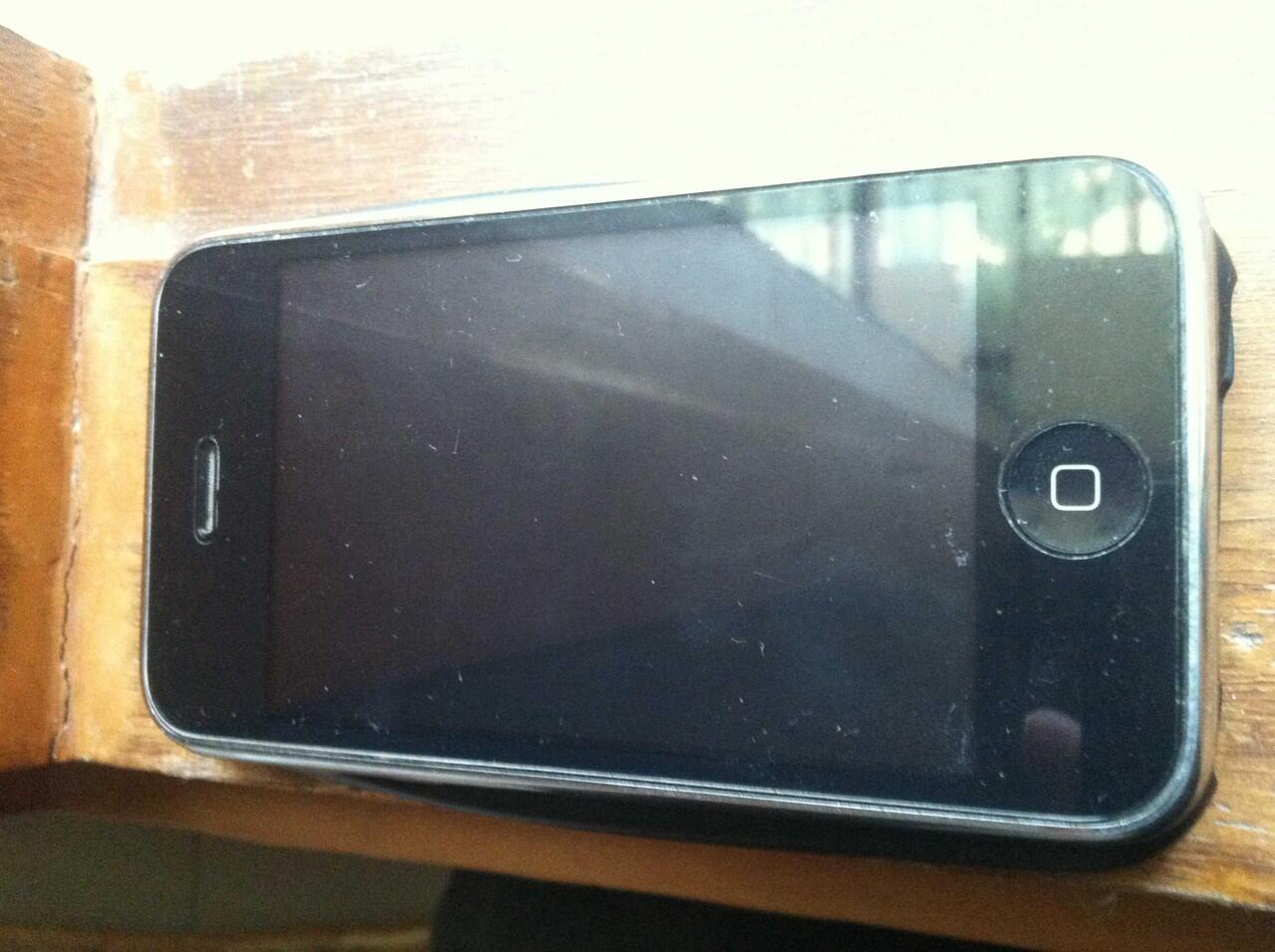 iphone 3G black & optimus black terima TT