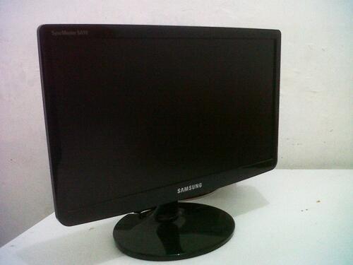 WTS: LCD Monitor SAMSUNG 19 inch, MURAH