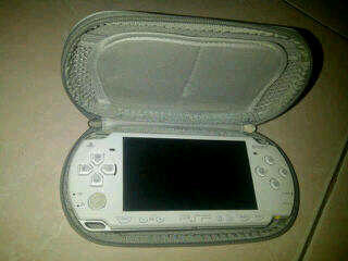 JUAL PSP 2000 SLIM WHITE 2000