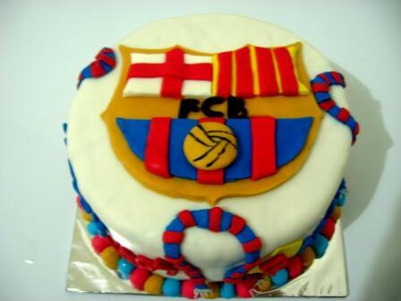 Cupcake hantaran, wedding cake, rainbow cake, risoles, stick cookies