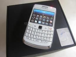 DIJUAL Blackberry 9780 Onyx 2_ harga 1,700.000 JT