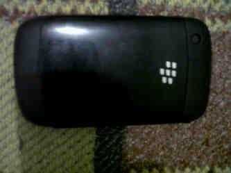 jual bb/blackberry gemini 8520 hitam ex cewe murah aja deh
